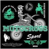 Illustrazione di vettore dell'emblema di logo del distintivo del cavaliere di motocross Immagine Stock Libera da Diritti