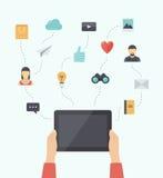 Illustrazione piana di tecnologia della comunicazione mobile moderna Immagine Stock