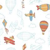 Illustrazione senza cuciture del modello di schizzo grafico di colore della nuvola dell'aquilone del pallone dell'aeroplano di vo Immagini Stock Libere da Diritti