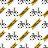 Illustrazione senza cuciture di trasporto del fondo del modello bici d'annata di stile delle biciclette di vettore della vecchia Immagini Stock