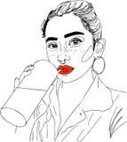 Illustrazione, testa della giovane donna con le labbra rosse e coctails Immagine Stock