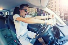 ilsken chaufför fotografering för bildbyråer