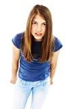 ilsken flicka som plattforer tonårs- arkivbild