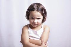 Ilskna tre år gammal liten flicka Royaltyfri Foto