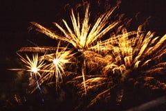 Iluminação acima do céu nocturno imagens de stock royalty free