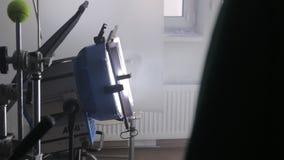 A iluminação ajustada do filme video estoque