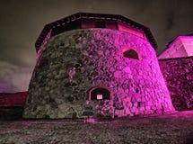 Iluminação colorida do castelo na noite fotos de stock royalty free