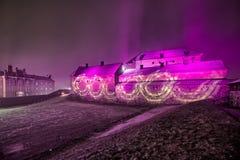 Iluminação colorida do castelo na noite foto de stock royalty free