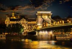 Iluminação da ponte de corrente imagem de stock