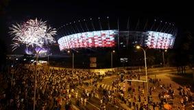 Iluminação do estádio nacional da fachada em Varsóvia, Polônia Fotografia de Stock