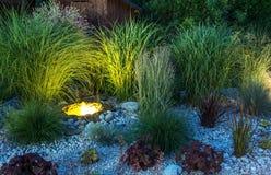 Iluminação do jardim do quintal imagens de stock