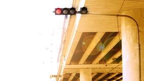 Iluminação do tráfego sob a ponte Fotos de Stock Royalty Free