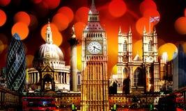 Iluminação em construções do marco da skyline de Londres fotografia de stock