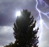A iluminação no céu tormentoso dramático Foto de Stock Royalty Free