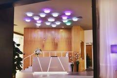 iluminação no salão fotografia de stock royalty free