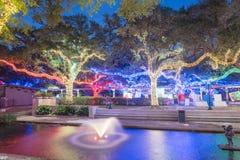 Iluminación de la celebración de la Navidad y del Año Nuevo en Houston, Tejas, U Fotografía de archivo