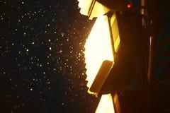 Iluminación de la Plaza Roja de Moscú del Año Nuevo con el fondo intenso de la nieve Foto de archivo