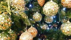 Iluminación de Toy Green Christmas Tree de la Navidad, textura almacen de video