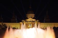 Iluminación del palacio de Mnac por el Año Nuevo 2014 Fotografía de archivo libre de regalías