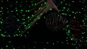 Iluminación en el árbol de navidad metrajes