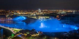 Iluminaci?n en Niagara Falls fotos de archivo libres de regalías