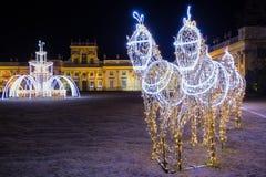 Iluminaciones de la Navidad en el parque en Wilanow fotografía de archivo