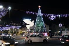 Iluminaciones de la Navidad en Haifa Foto de archivo libre de regalías