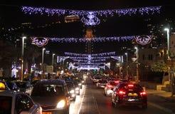 Iluminaciones de la Navidad en Haifa Imágenes de archivo libres de regalías