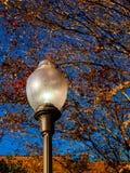 Iluminazione pubblica d'annata Fotografie Stock