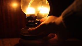 Ilumine acima a lâmpada de gás vídeos de arquivo