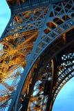 Iluminująca wieża eifla Zdjęcia Royalty Free