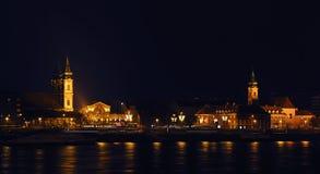 Iluminujący St Anne ` s kościół i niedalecy domy Obraz Royalty Free