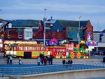 Iluminujący tramwaj w kurorcie Blackpool Obrazy Stock