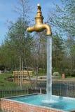 Ilusão ótica com água Imagens de Stock Royalty Free