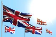Ilustração agradável da bandeira 3d do feriado nacional - 5 bandeiras de Reino Unido Reino Unido são onda contra a foto do céu az ilustração stock