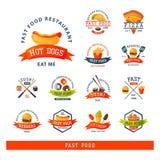 Ilustração americana saboroso do vetor da refeição do mea do crachá do cheeseburger do restaurante colorido do logotipo da etique ilustração royalty free