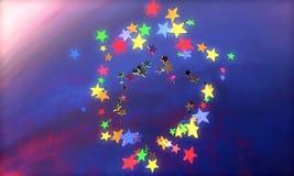 Ilustração 3D abstrata do para render criado em consequência das estrelas geométricas coloridas sob a forma das formas diferentes ilustração stock