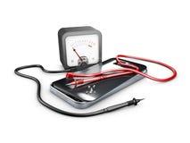 ilustração 3d de reparo quebrado do telefone celular Peças e ferramentas de Smartphone para a recuperação Fotografia de Stock