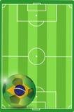 Ilustração da bola de futebol do campo e do Brasil Fotos de Stock Royalty Free