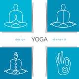 Ilustração da ioga do vetor Grupo dos ícones lineares da ioga, logotipos da ioga no estilo do esboço Imagens de Stock