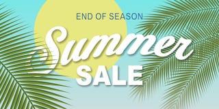 Ilustração das palmas do céu da rotulação da venda do verão Imagens de Stock