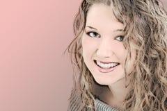 Ilustração de uma menina adolescente dos anos de idade 16 bonitos Foto de Stock
