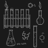 Ilustração desenhada mão do vetor Sketc dos ícones do laboratório de química Imagens de Stock