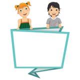 Ilustração do vetor das crianças bonitos que guardam Origa Fotos de Stock