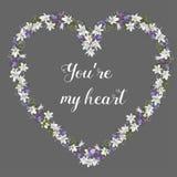Ilustração do vetor das flores tiradas mão arranjadas em uma forma do coração ilustração stock