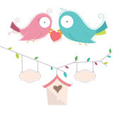Ilustração do vetor de dois pássaros bonitos no amor Wedd Fotos de Stock