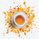 Ilustração do vetor do copo de chá preto Folhas da laranja com a caneca de chá Conceito sazonal da saúde Imagem de Stock