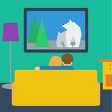Ilustração em um estilo liso com a televisão de observação dos pares Imagem de Stock Royalty Free