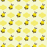 Ilustração sem emenda das abelhas com favos de mel, teste padrão sem emenda Fotos de Stock Royalty Free