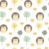 Ilustração sem emenda do fundo do teste padrão do vetor do outono bonito da queda com ouriços, árvores e cogumelos Imagem de Stock